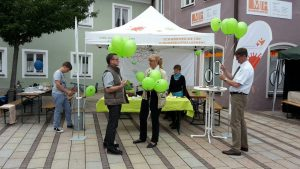 freie_schule_luftballons-300x169